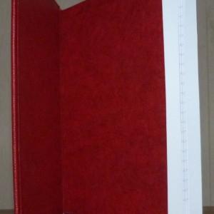 Carnet rouge intérieur papier