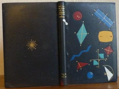 Plein cuir bleu nuit, mosaïque de différentes couleurs représentant des figures géométriques