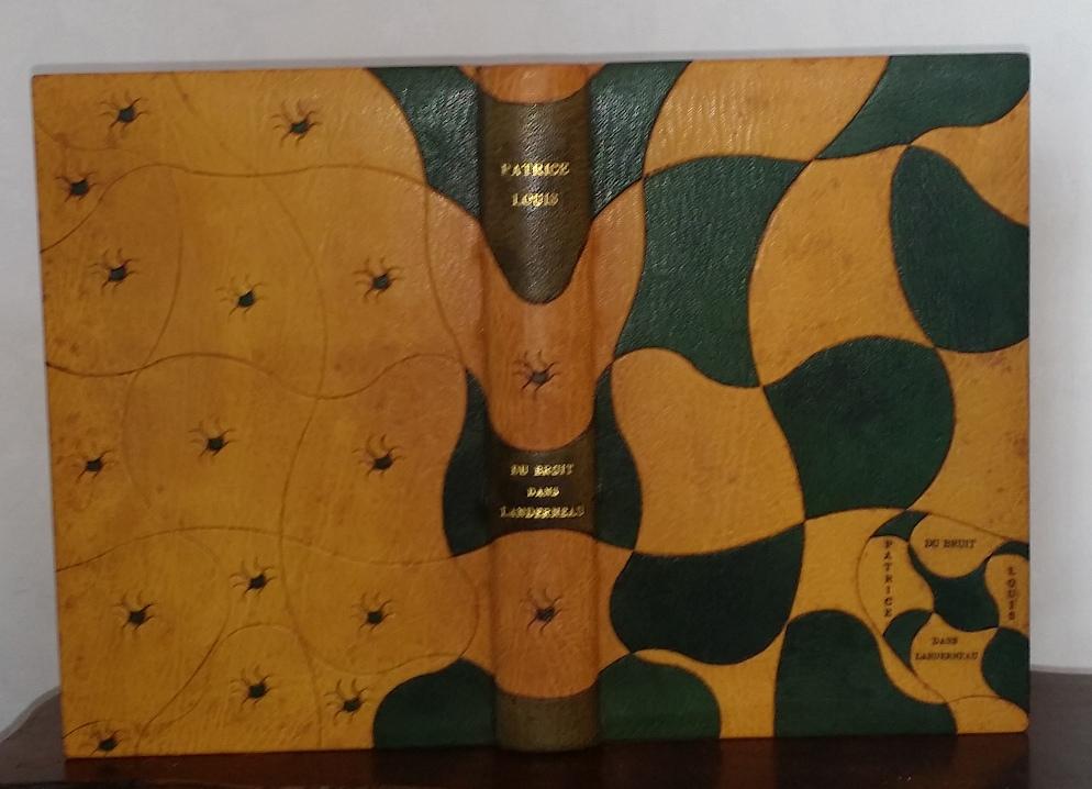 reliure plein cuir en oasis jaune, mosaïques en chagrin vert non figuratives