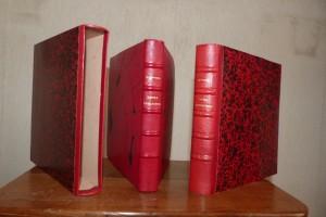 _reliure-art_Stendhal_Suora Scolastica_plein-cuir-rouge_décor-arabesques-en-noir-de-fumée_2