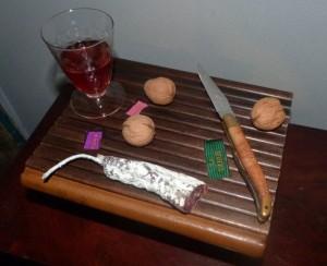 -reliure-art_francis-ponge_la-table_livre-objet-transformable-en-table_bois_crocodile_pieds-aluminium_2