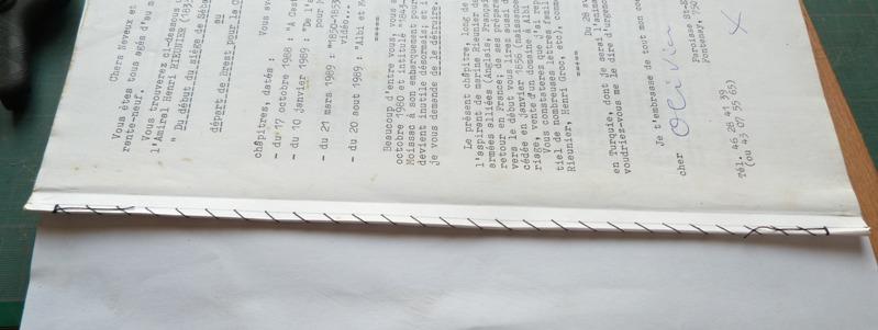 Cahier de feuilles volantes après couture.