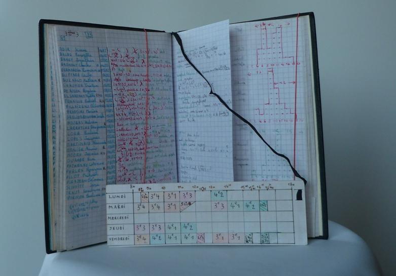Notes des élèves au premier trimestre et emploi du temps.
