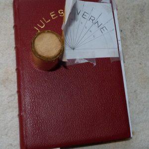 Début du marquage du nom de l'auteur : Jules