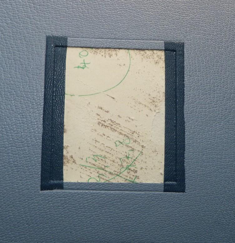 Incrustation d'un parchemin décoré à la photocopieuse, pose de 2 listels