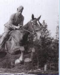 La corde raide de Claude Simon, photo de l'auteur en cavalier