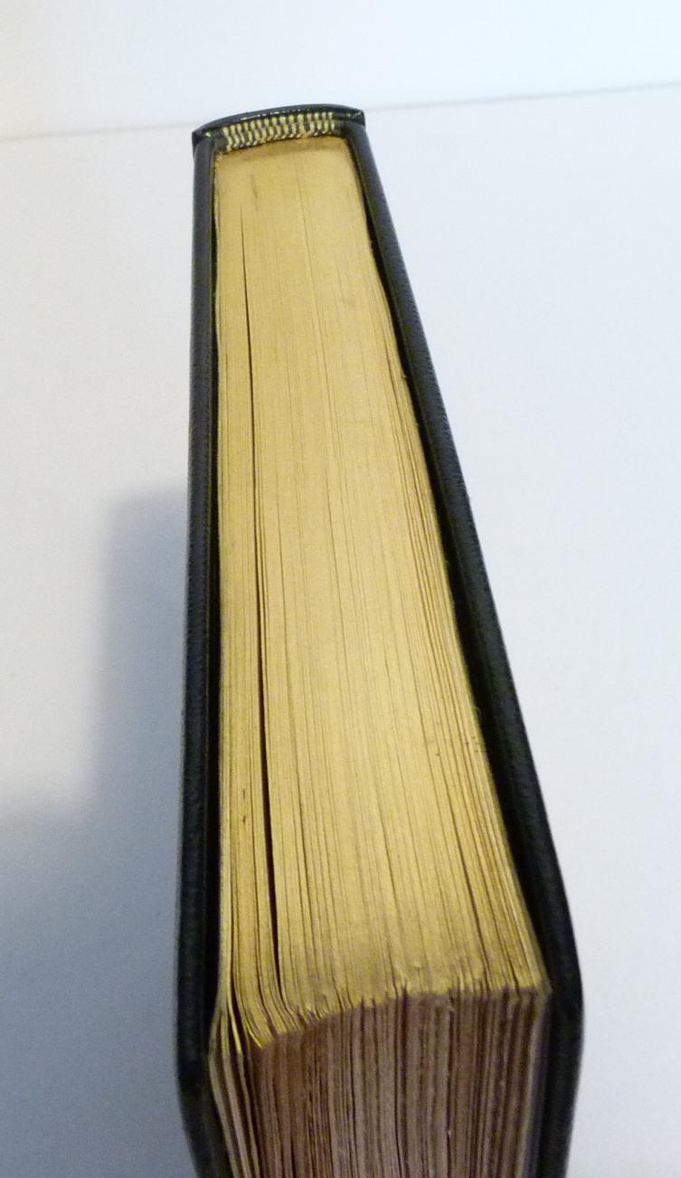 Douze cent mille de Luc Durtain, plein cuir. Tête or.