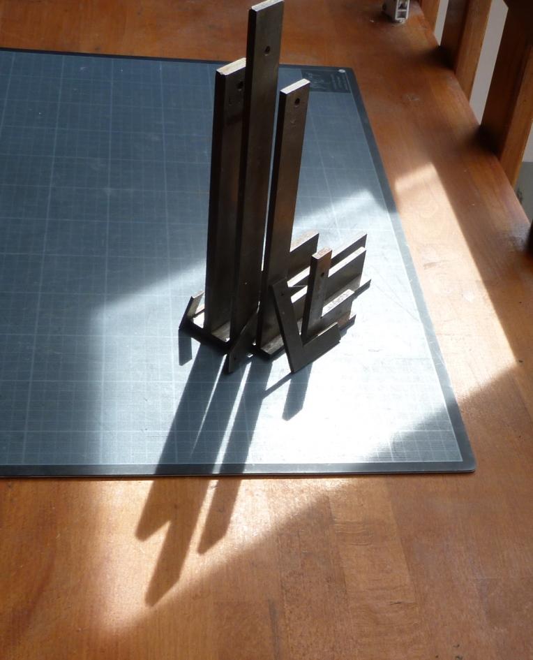 Recension2 Kerlouan : equerres métalliques