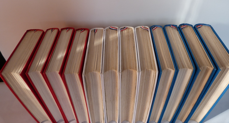 Histoire de la révolution française : tetes des 12 volumes.