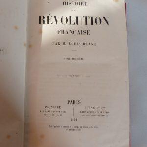 Histoire de la révolution française : titre du tome 12.