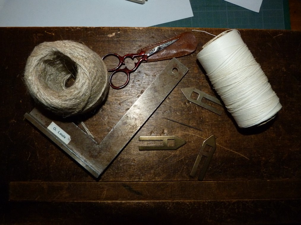 Biennale 2019-III; matériel couture.