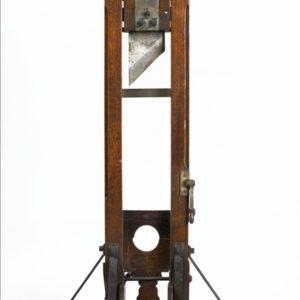 Biennale 2019-III; guillotine.