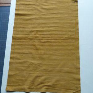 Fabrication d'une chemise, doublage intérieur de la chemise.