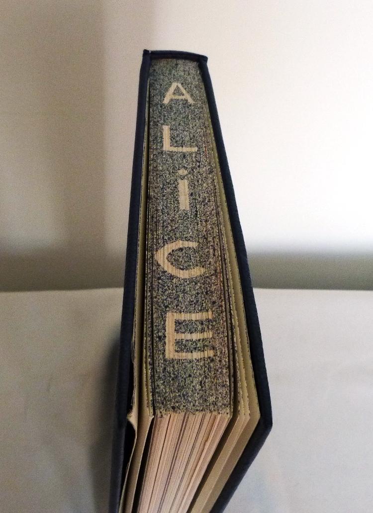 Alice au pays des merveilles, tête