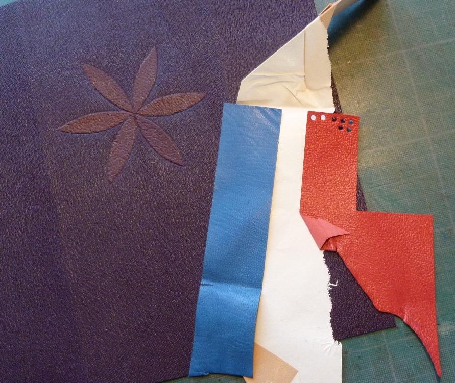 Livret de famille, fabrication, drapeau.