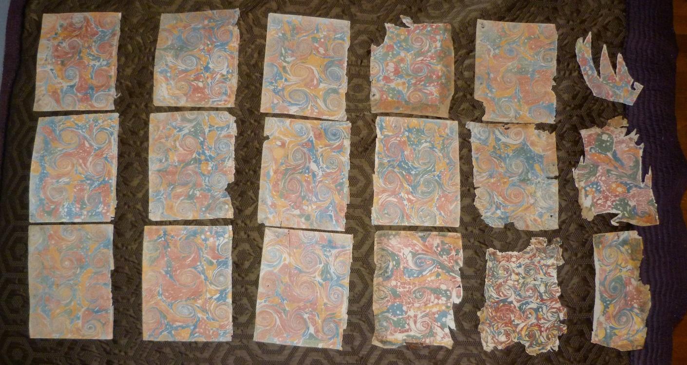Papiers marbrés dix-huitième siècle, les 17 feuilles.