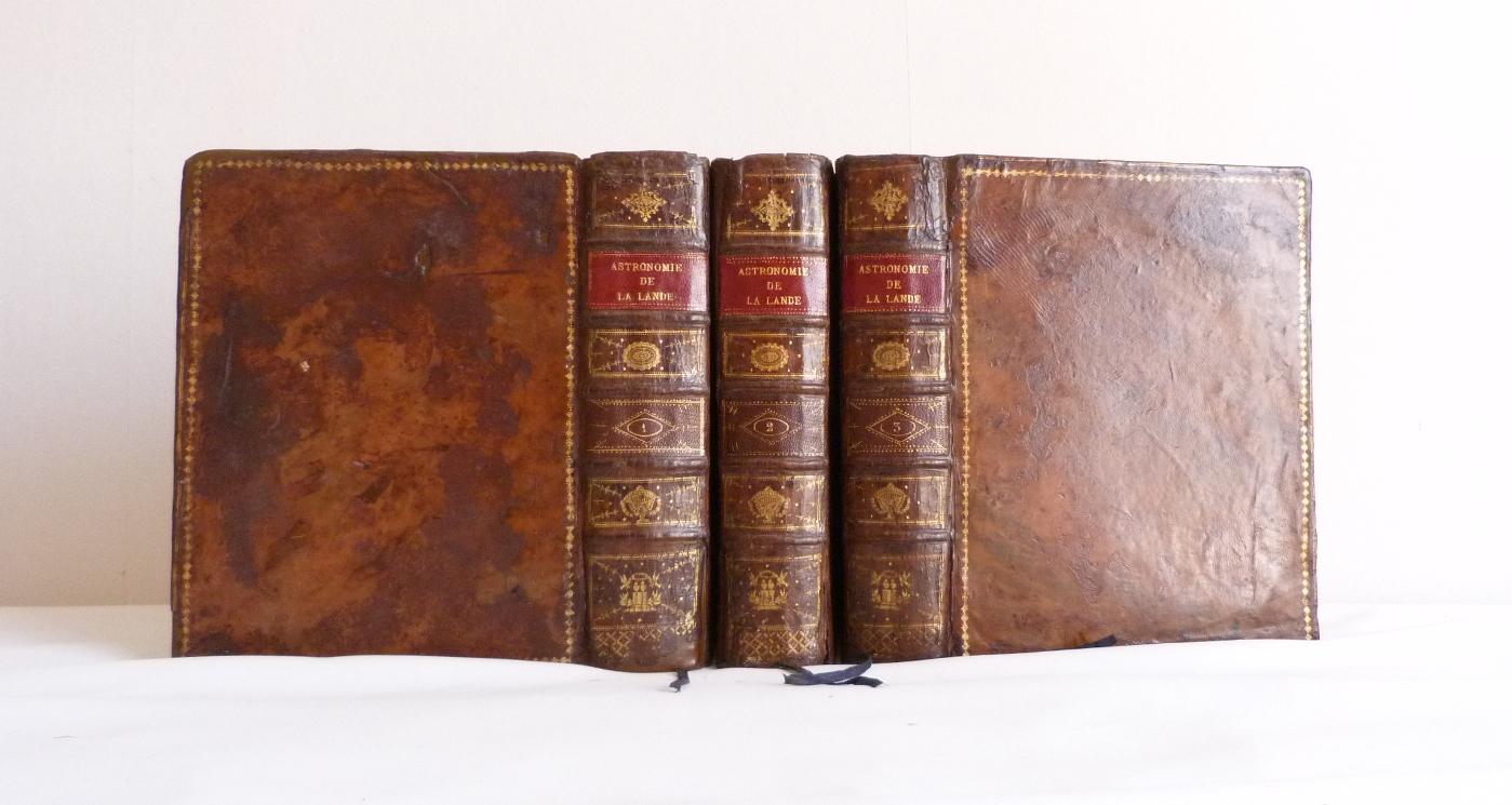 Astronomie de Lalande, dos et plats des 3 tomes.
