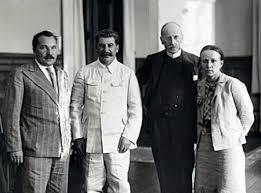 Photo de Romain Rolland avec Staline.