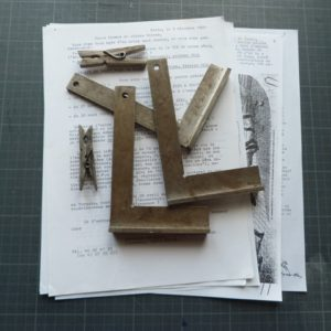 couture des cahiers, outils.