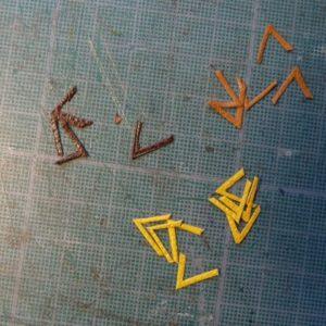 Découpe des petits triangles.